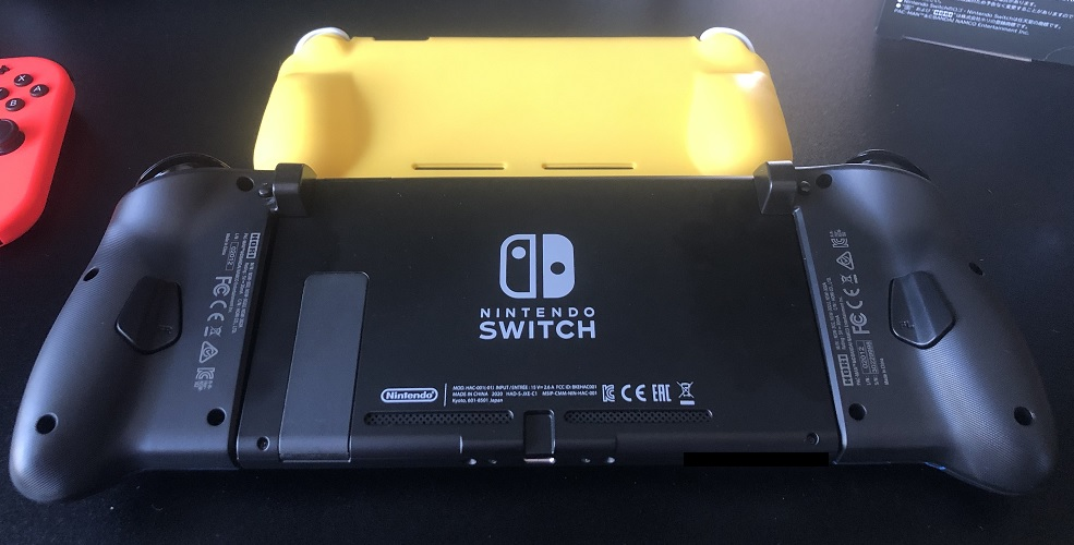 SwitchLite比較裏